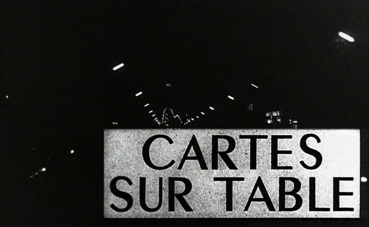 Karten auf den Tisch